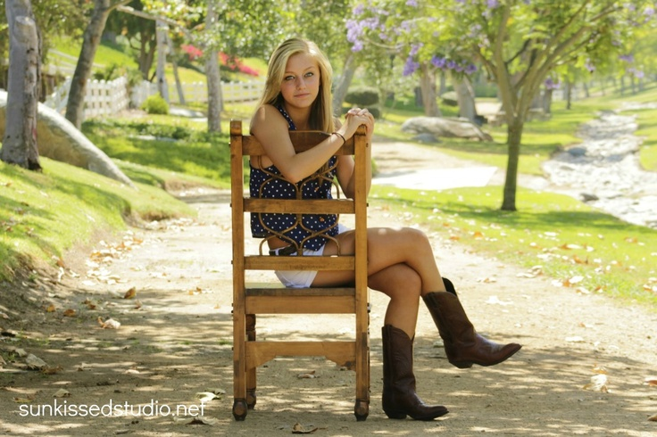 cute rustic/country pose for senior girl