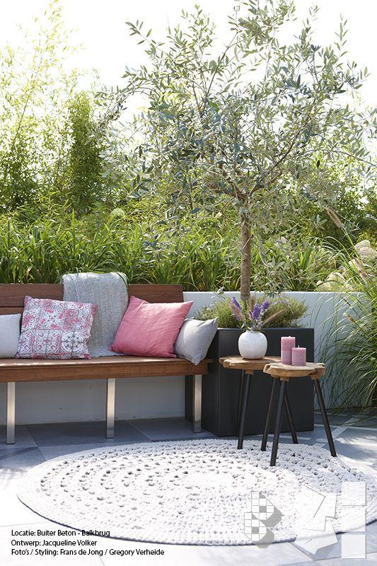 25 beste idee n over frans terras op pinterest openlucht woonruimtes kalksteen patio en - Deco terras zwembad ...