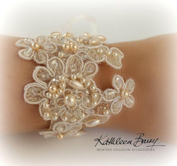 Bracciale di pizzo R650 - bracciale di pizzo da sposa cristallo e perla impreziosito - Accessori Sposa