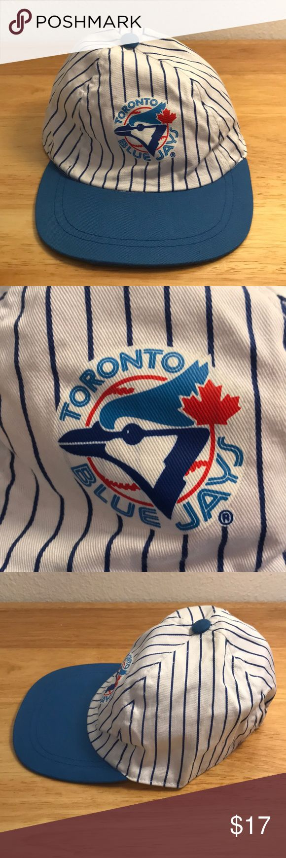 Kids Toronto Blue Jays Hat Kids Toronto Blue Jays Hat, Brand New, Never Worn or Used, 🎄WILL SHIP IN ONE DAY🎄All bundles of 2 or more receive 20% off. Closet full of new, used and vintage Vans, Skate and surf companies, jewelry, phone cases, shoes and more. MLB Accessories Hats