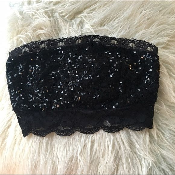 Sparkle Bandeau Top Forever 22 black sparkly bandeau top with lace trim. Like new condition - only worn once. Forever 21 Intimates & Sleepwear Bandeaus