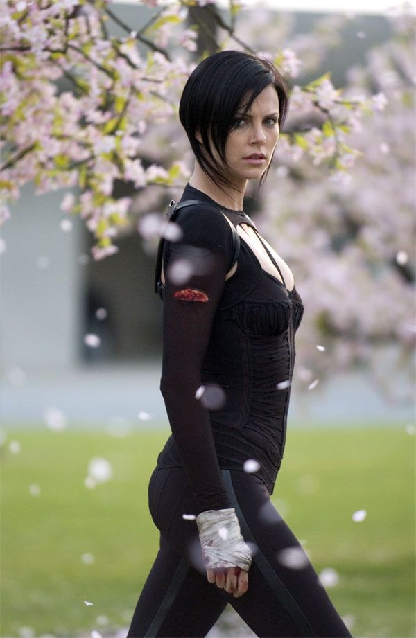 N.E.O.N: Aeon Flux - More than Just an MTV Action Film