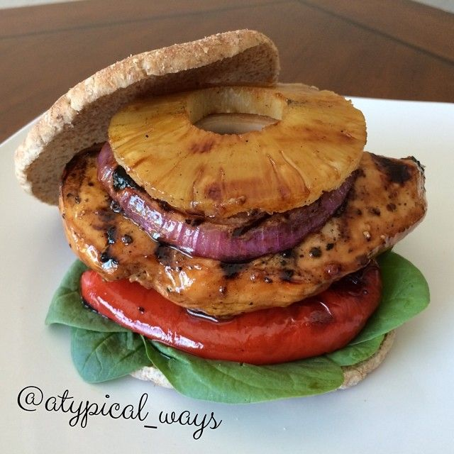 Hawaiian Grilled Chicken Sandwich! Super easy to make, with simple ingredients but tastes amazing!