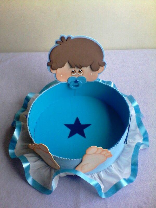 Dulcero niño para baby shower en foami