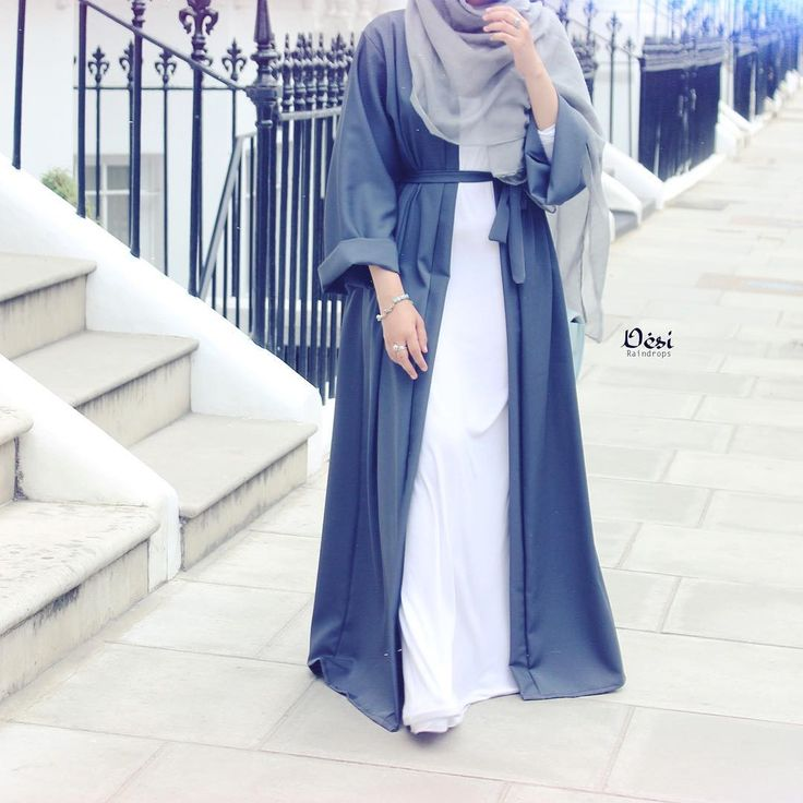 Ombre blue open abaya and light grey chiffon hijab - check out: Esma <3
