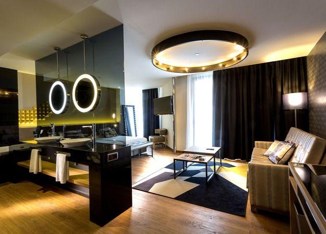 Hard Rock Hotel Tenerife   Risparmia fino al 70% su vacanze di lusso   Secret Escapes