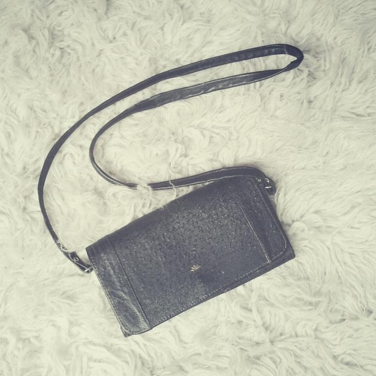 Bag bought on Sunday Vintage Market in Kazimierz, Kraków, Poland. / Photo by @Tomasz Jurecki #wysokipolysk #fleastyle #vintagebag