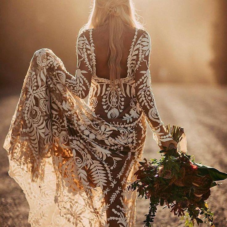 Ease of sunset #repost @paperswanbride #weddingday #dreamdress #amazingdress #awesome #girls #love #happy #fashion #pretty #weddinglook #weddingdress #weddingseason #weddingday #weddingstyle #bestphotographers #bestphotos #bestphoto #amazing #amazingdestinations #beautiful #photo #photography #photooftheday #picoftheday #photosession #wedgo #wedgonet #beauty #bride
