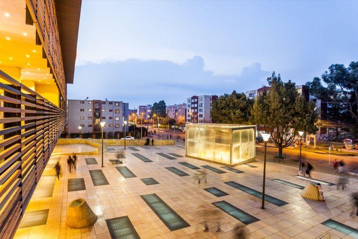 Galería de Compensar Sede Suba / Daniel Bonilla + Marcela Albornoz - 4