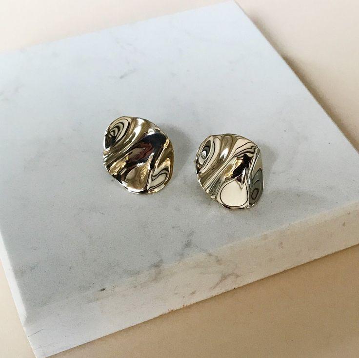 Mini ondulado earrings