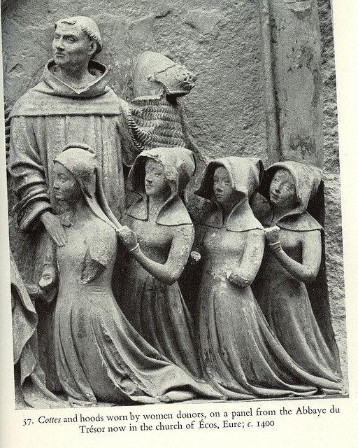 14th century open hood