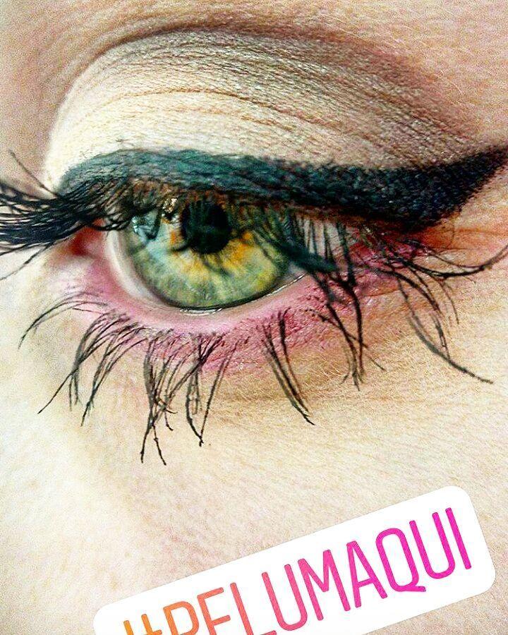 Buenos días!  Inspiración para cualquier evento que tengáis este verano. El marrón y el rosa siempre se llevan bien, pero en un color de ojos verdosos los hace aún más brillantes! ¿Os gusta?  #inspiración #makeup #pelumaquibyandrea #maquillajeojosclaros #eventos #maquillajeeventos #maquillajeparaeventos #maquillajeinvitada #maquillajenovia #Pelumaqui #eyeshadow #eyeliner http://ameritrustshield.com/ipost/1552135889419979960/?code=BWKS14sA0y4