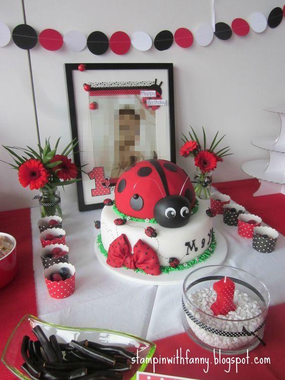 20 besten torten dekoration bilder auf pinterest kekse kuchen und torten und kuchenglasur. Black Bedroom Furniture Sets. Home Design Ideas