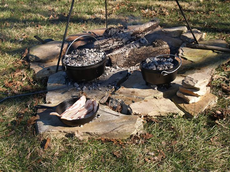 1000 images about 39 gear pit campfire on pinterest for How to cook in a dutch oven over a campfire