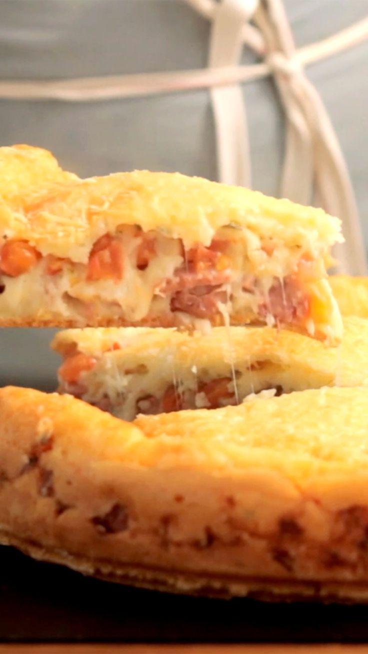 Pão de queijo já é maravilhoso, mas já imaginou uma torta de pão de queijo?