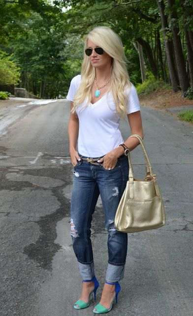 Simple shirt with capris and heels. Not a fan of heels but a cute pair of flip flops would be great!
