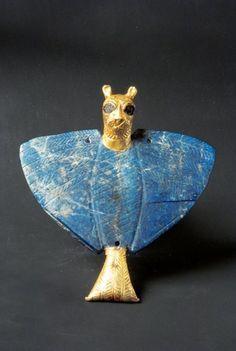 Sumerian Lion-head eagle: 3rd millennium BC provenance Mari area Syria period 3000-2000 BC. Unesco site: http://www.unesco.org/culture/museum-for-dialogue/item/en/57/lion-head-eagle