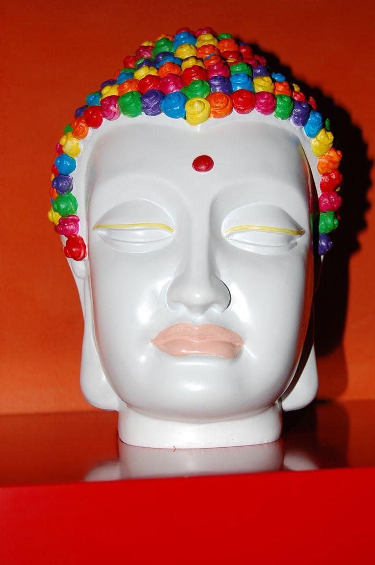 Bouddha Color:Peinture artistique sur une Tête De bouddha en bois : Peintures par smithycreations