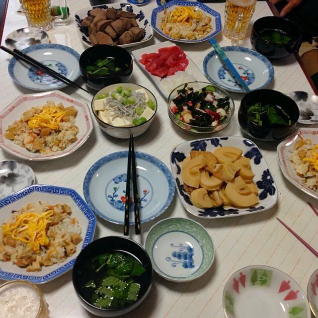 美味しかった - 37件のもぐもぐ - バラ寿司、筍煮、里芋煮、お刺身、酢の物、しらすおろし、お吸い物 by tabajun