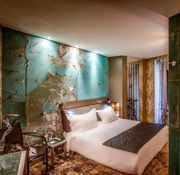 Rooms with stylish design Powerful jet shower or jacuzzi bath   Apostrophe Hotel Paris