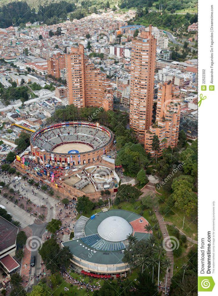 Planetario, Plaza de toros, Torres del Parque, Bogotá, Colombia