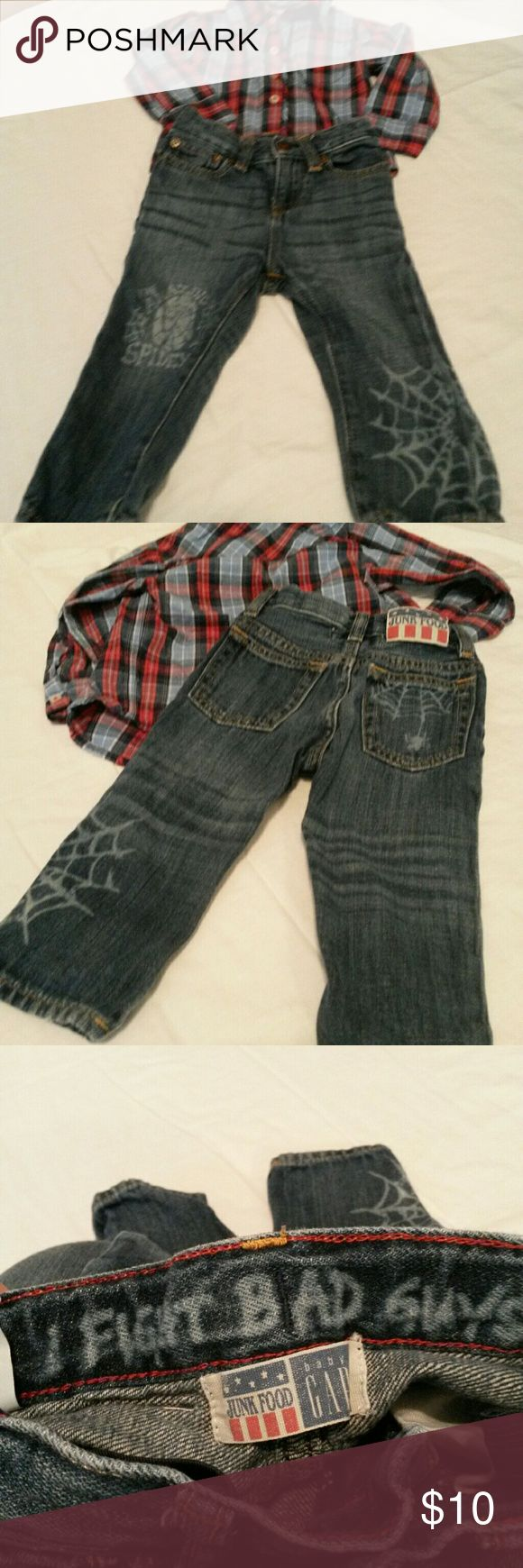 Awesome spiderman jeans with button down I just love these jeans. My grandson looked adorable in them. Soft and comfy.  Baby gap brand. Shirt is little peanut brand button down with long sleeves.  Not purchased together but he wore them together.  Both size 12-18 months. baby gap/little peanut Bottoms Jeans