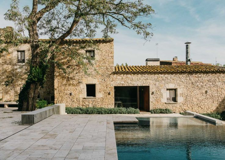 This Private Villa Has A Jaw-Dropping Garden And Pool Area. Jump in.