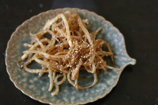 Week of Menus: Korean Non Spicy Squid Side Dish (안매운 오징어 무침): Why I listen to my grandmother