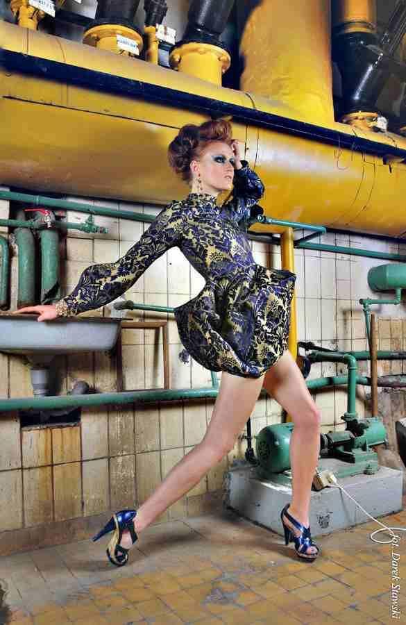 dress Gabriela Hezner fashion coctail dress , awangarda fot. Darek Stawski