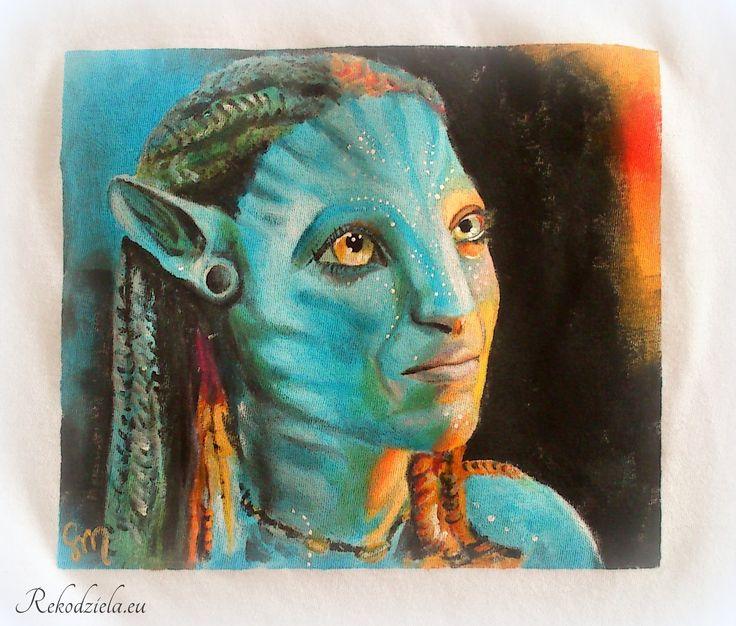 """Neytiri Beautiful creature from """"Avatar"""" Difficult to paint, but I think I've managed :D Dostępna: http://www.rekodziela.eu/sklep/dla-kobiet/ubrania/koszulka-neytiri"""
