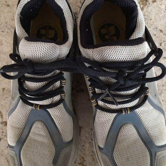 Merrell Ladies running shoes Good condition comfortable running shoes. Lots of support Merrell Shoes Athletic Shoes