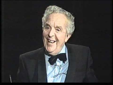Wim Kan Oudejaarsconference 1982 (4/8)