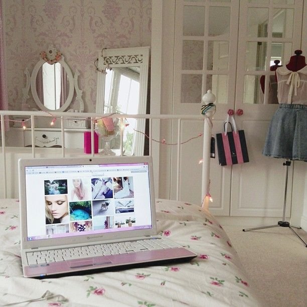 Girly Bedroom Decor Girls Bedroom Door Bedroom Design Plan Inside House Background Bedroom: 283 Best Images About Lazy Days On Pinterest