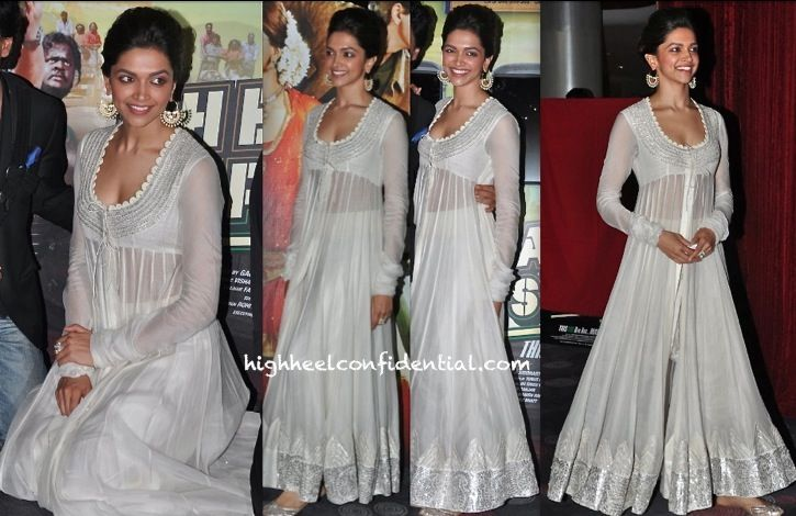 Wearing Anamika Khanna and jewelry by Amrapali, Deepika was at an event unveiling her movie's trailer/first look. This leggy actor can seemingly do no wrong; she looked gorgeous!