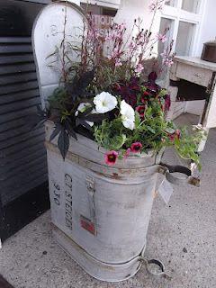 Mailbox Flower Pot