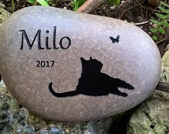 CAT MEMORIAL STONE  Personalized Cat Engraved stone