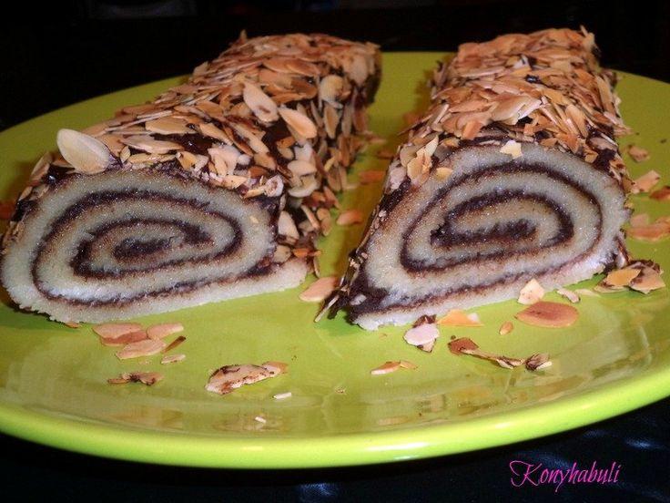 Marcipános tekercs http://konyhabuli.cafeblog.hu/2013/12/03/marcipanos-mennyorszag/