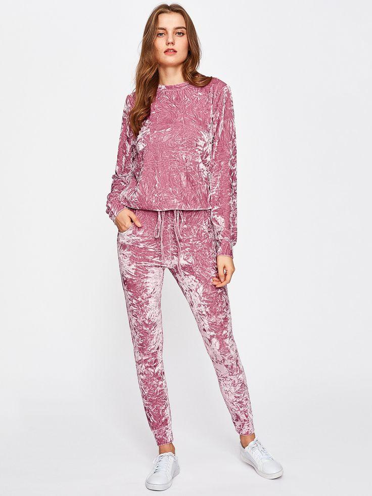 Shop Crushed Velvet Sweatshirt And Drawstring Pants Set online. SheIn offers Crushed Velvet Sweatshirt And Drawstring Pants Set & more to fit your fashionable needs.