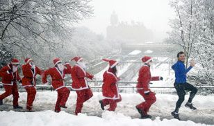West Princes Street Edinburgh - 5km Santa run-sounds like great fun!