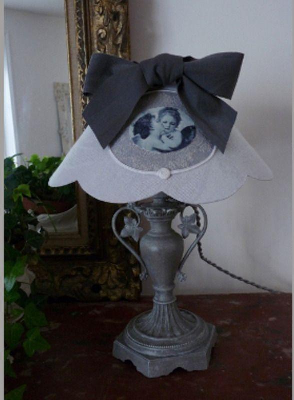 lampe pied ancien m tal lampe de table la souris grise. Black Bedroom Furniture Sets. Home Design Ideas