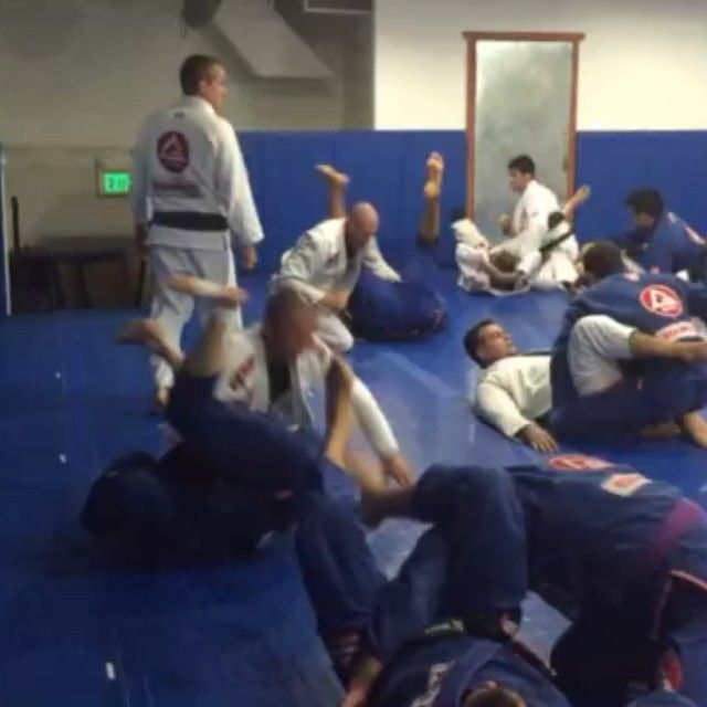 Drill time at GB World Master Training Camp! #equipegb are ready to defending the red shield in IBJJF World Master JJ Tournament . Professor @draculinobjj is leading the team to high performance #competition #character #graciebarra #jiujitsu #equipegb #worlds #bjjworld #master