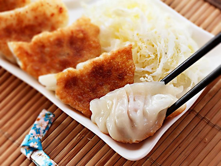 The best japanese pork and cabbage dumplings