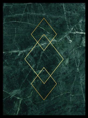 Triangle Gold green marble är en guldposter där texten är tryckt på mönster av grön marmor. Guld och marmor är snyggt att matcha tillsammans och i vår kategori Guld och metallic hittar du fler motiv med guld och marmor att matcha denna poster med.