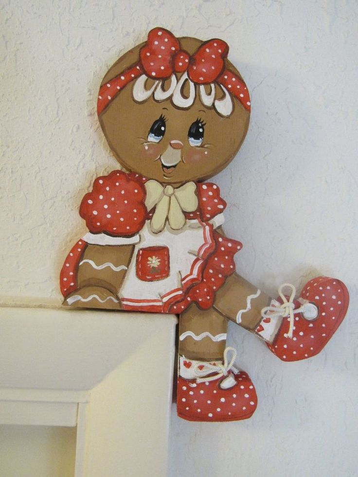 HP GINGERBREAD ~ CUTE LITTLE SHELF SITTER!!
