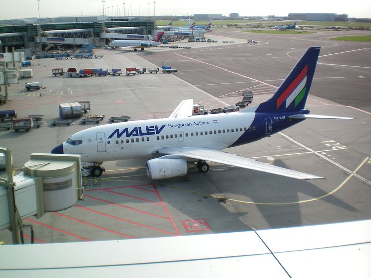 Malev Hungarian Airlines Boeing 737-600
