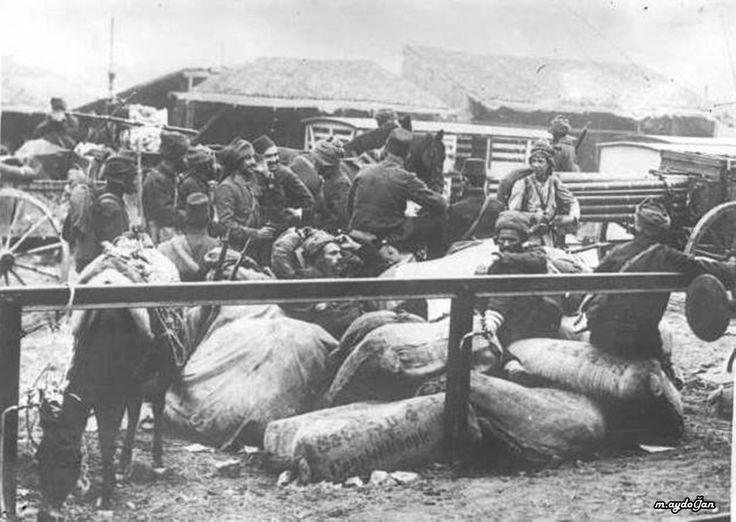Balkan Savaşı bir askeri kamp.Fransız arşivleri