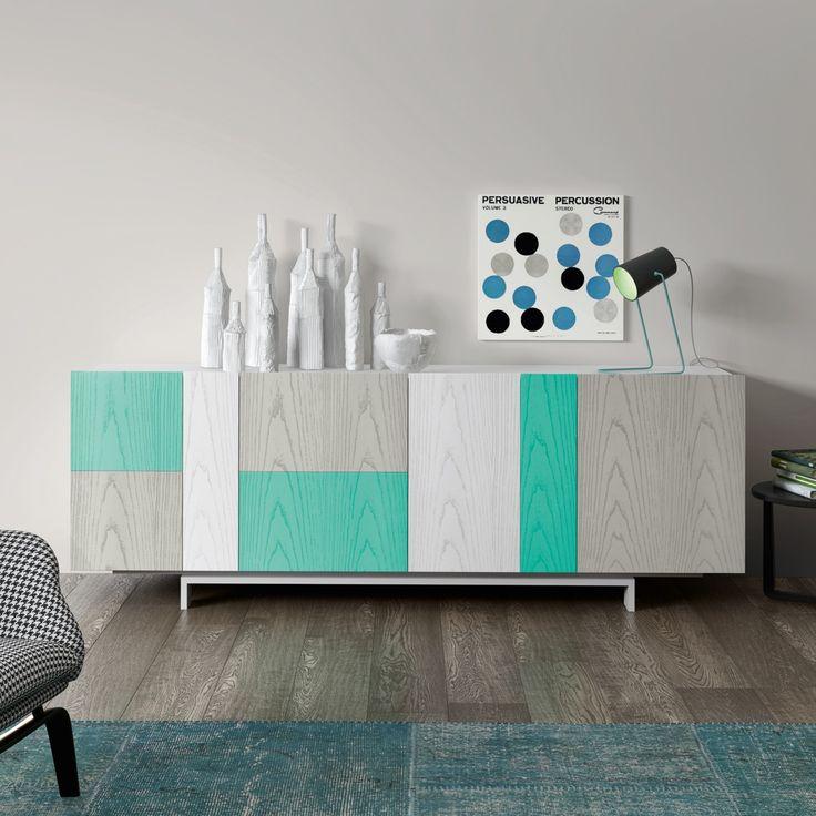 Inspirational Buffet im Industrial Stil mit T ren aus recyceltem Kiefer und anthrazitfarbenem Metall Leonard