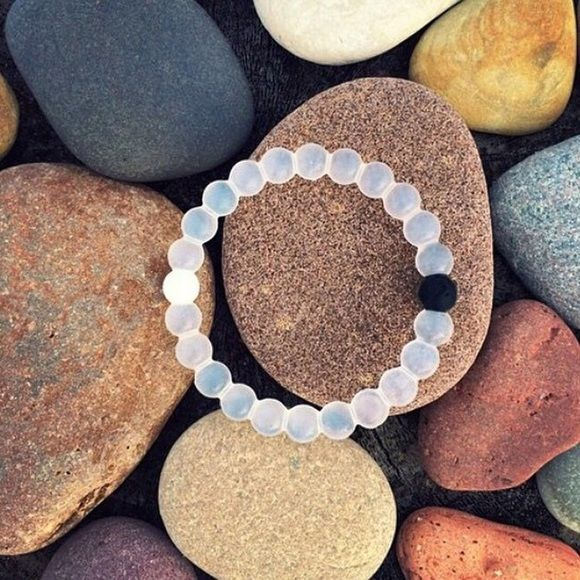 Beautiful White Lokia Bracelet.. All Sizes are Available S,M,L,XL.. ‼️Make Me An Offer‼️ Comment The Color You Want and I Will Ship The Same Day✔️