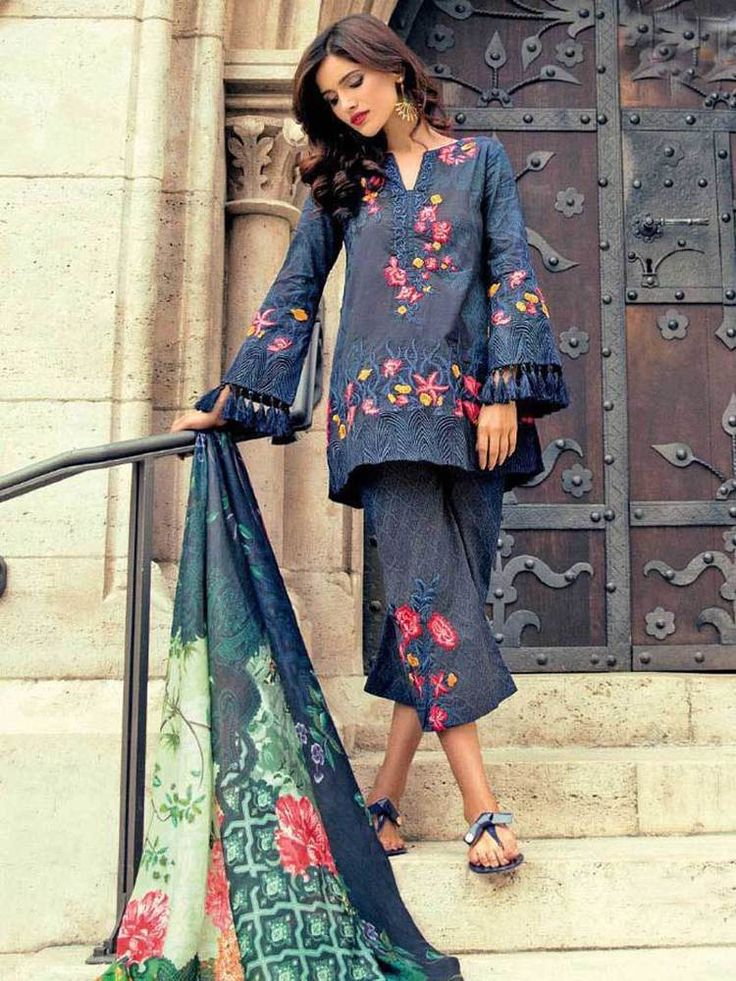 #dresses r #Pakistani #embroidered #New# Fashionable #Party wear #Dresses for women  #Handmade #SalwarKameez