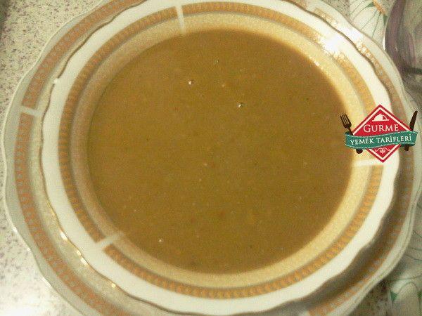 Yeşil Mercimek çorbası - Pratik Yemek Tarifleri. Gurme resimli kolay pratik Yeşil Mercimek çorbası nasıl yapılır yapılışı yapımı hazırlanışı